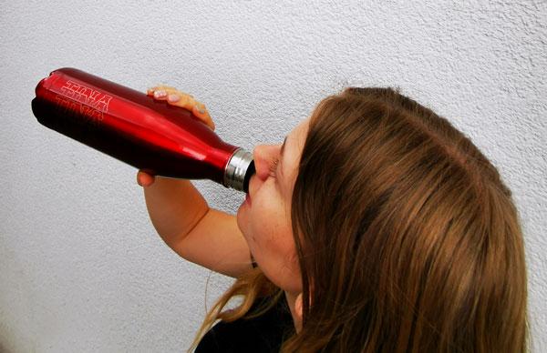 thermoflasche-druckwunder-lasergravur-flaschemitnamen-graviertegeschenke-shop-reichenbach